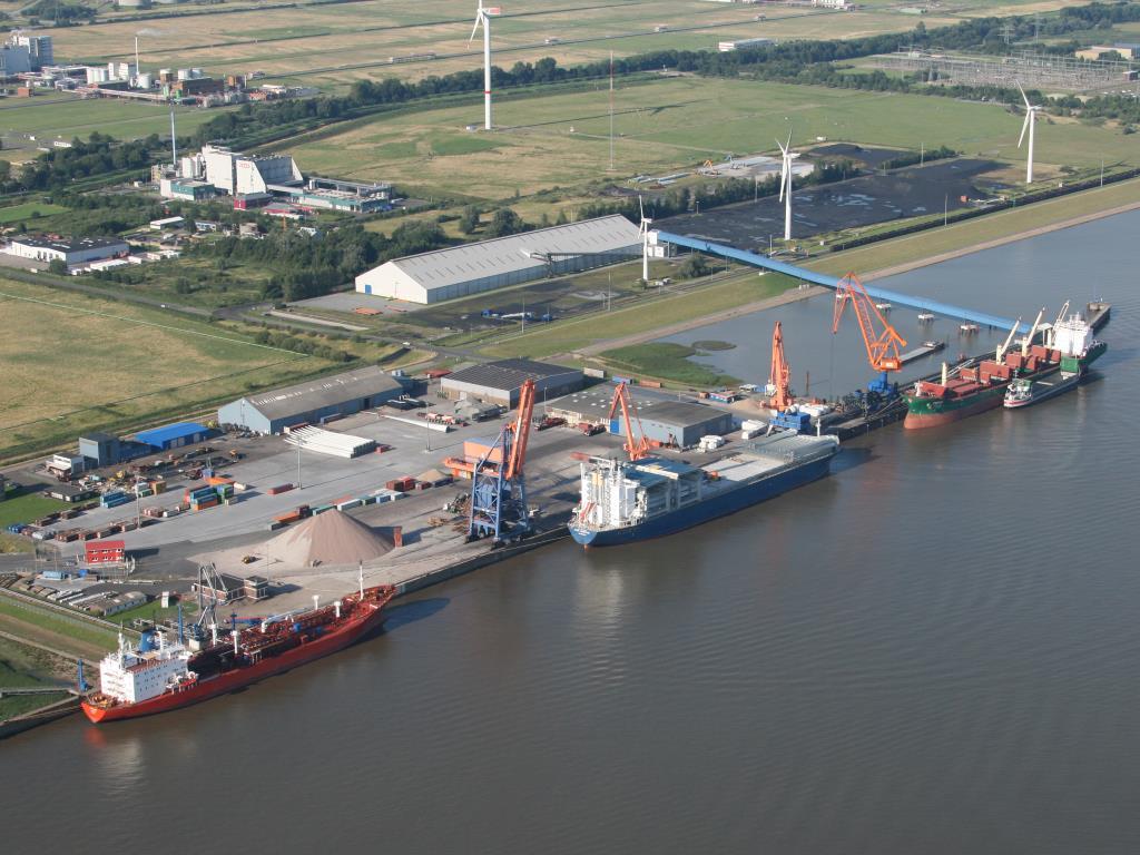 Luftbild des Elbehafen (© Brunsbüttel Ports GmbH)